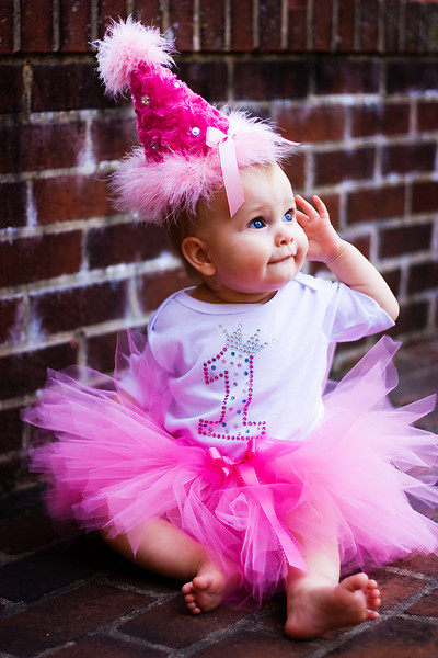 caf5cf163 Baby Girl First Birthday Dress Designs   Be Beautiful And Chic ...