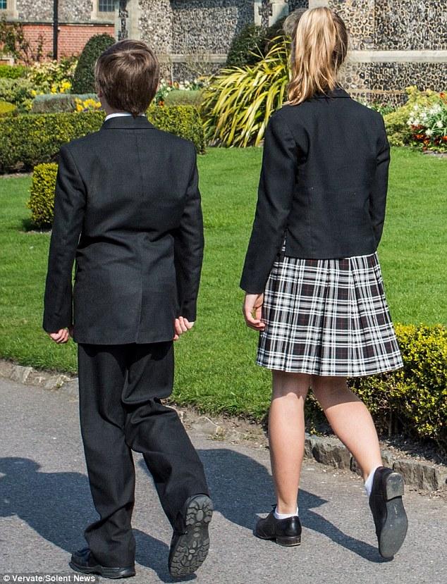 Boys Wearing Dresses To School Can Boys Wear Dresses ...
