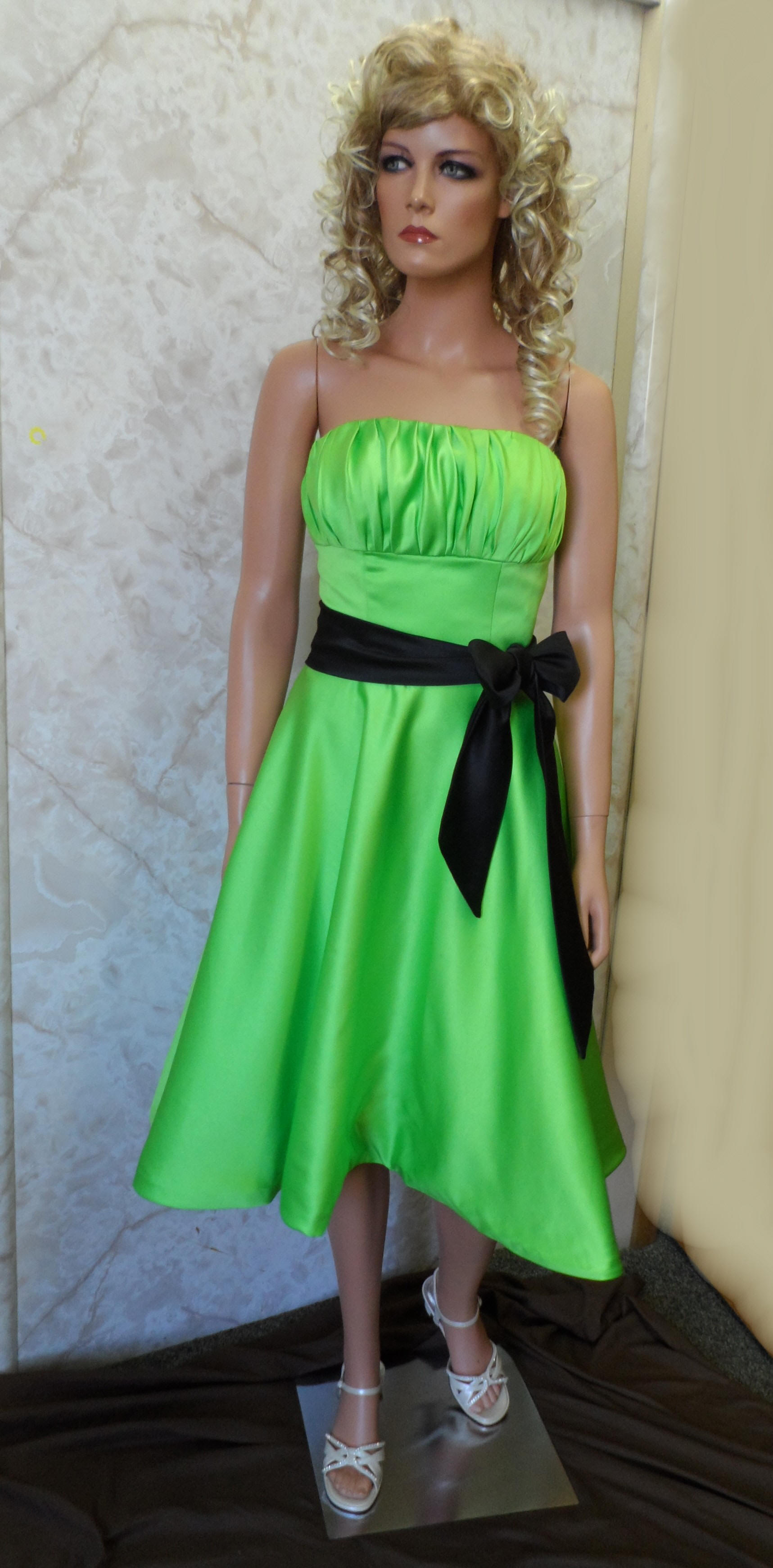 Dark green short prom dress for beautiful ladies for Short green wedding dresses