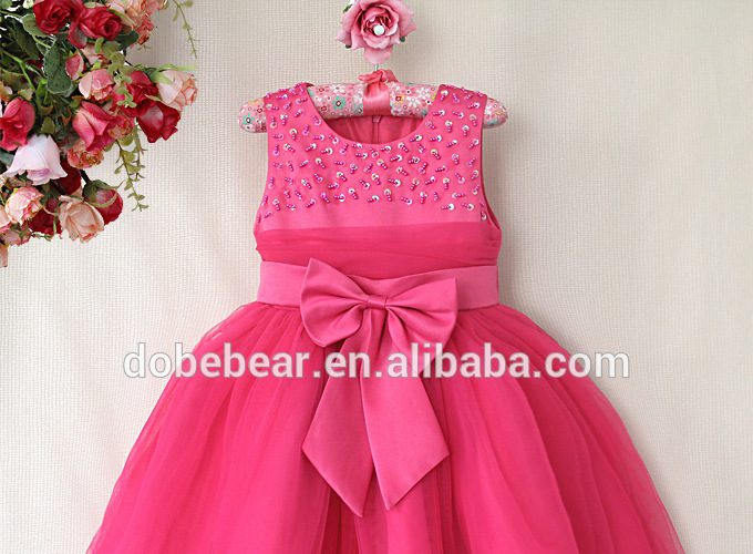 dress-1-year-baby-girl-how-to-get-attention_1.jpg