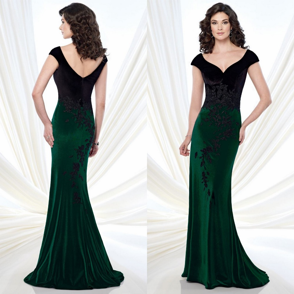 Emerald Green Dress With Black Lace Fashion Week