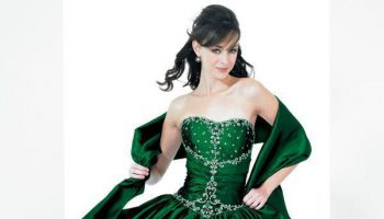 emerald-green-floor-length-dress-different_1.jpg