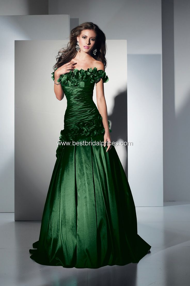 Emerald Green Wedding Gown And Make Your Life Special