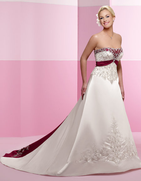 447830711e Strapless red and white wedding dresses for sexy and stylish bridal.