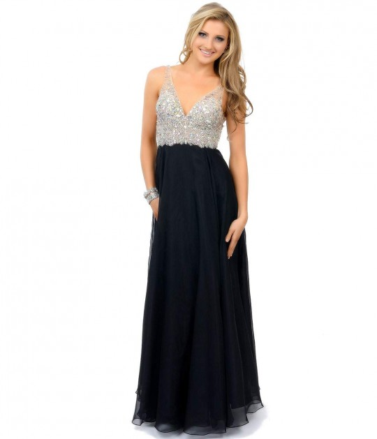 dresses for different occasions What will others be wearing for the same occasion  special occasion dresses  are usually dressy and elaborate  may seem to change under different lights.