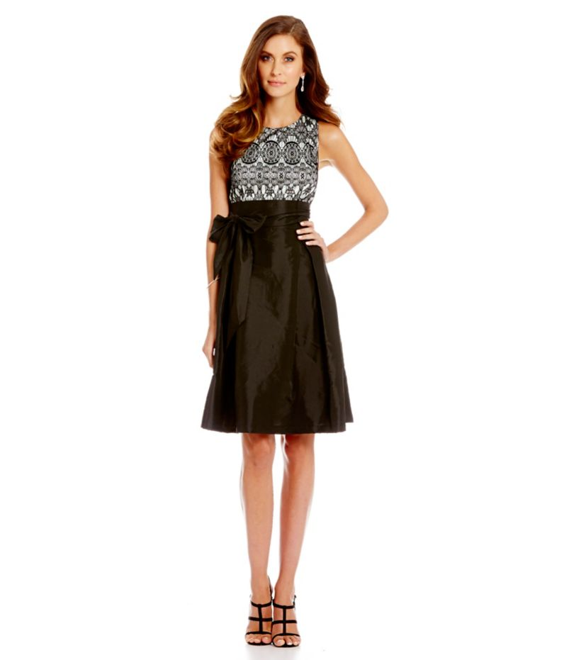 Sangria Black Lace Dress - Elegant And Beautiful