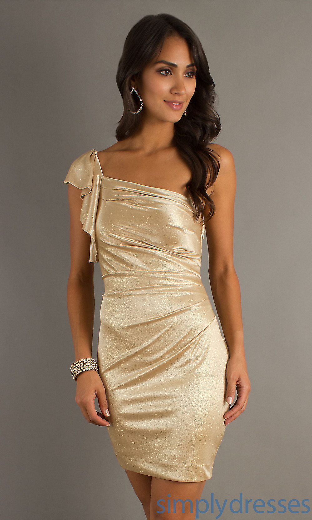 Short Metallic Dress : Different Occasions