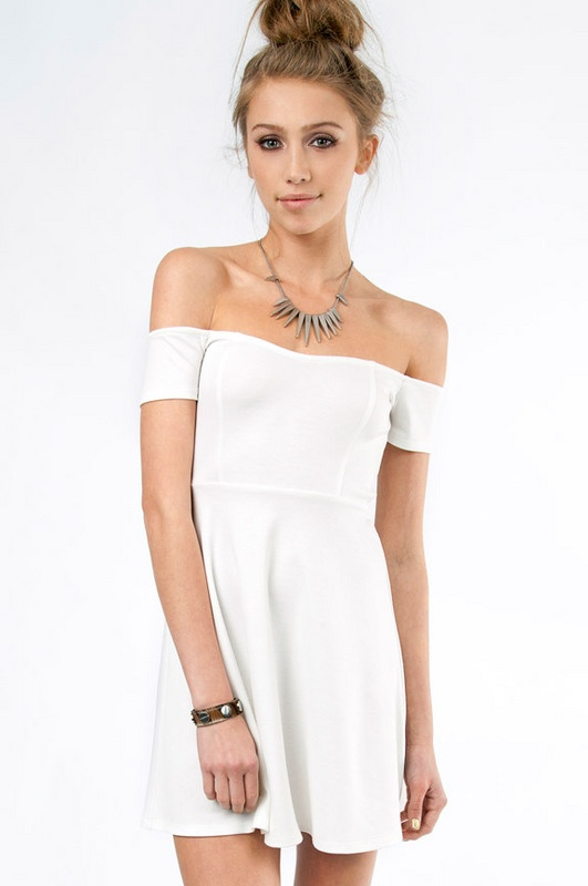 White Eyelet Off The Shoulder Dress : Trends For Fall