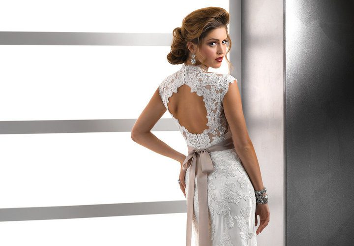 backless-lace-bridesmaid-dress-make-you-look_1.jpg