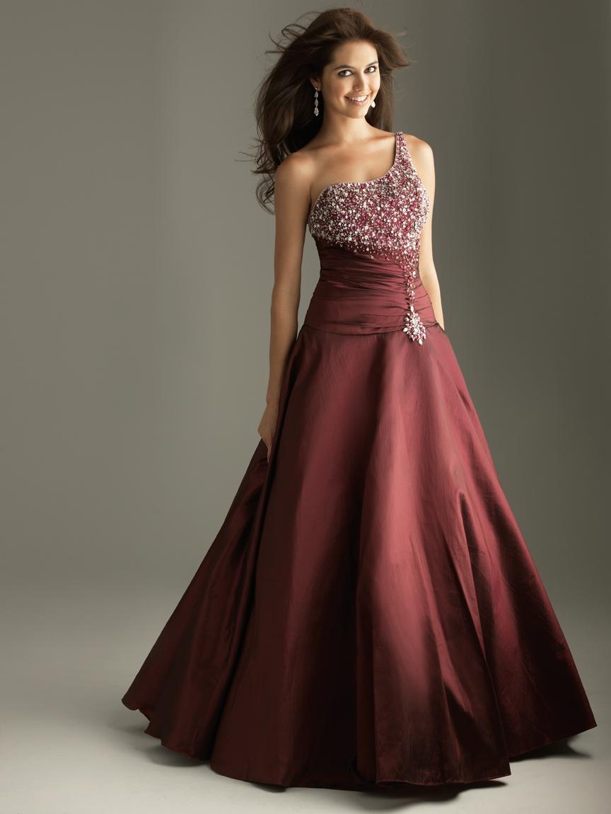 Best Dresses Of Girls : Trends For Fall