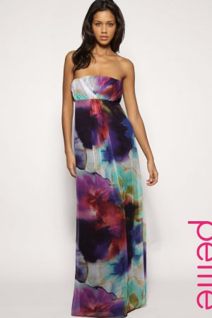 can-short-women-wear-maxi-dresses-and-make-your_1.jpg