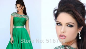 emerald-green-bridesmaid-dresses-2017-trend-2017_1.jpg