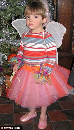 I Dress My Son As A Girl - Details 2017-2018